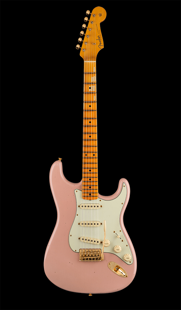 11 Limited Edition '62 Bone Tone Stratocaster® Journeyman Relic®, Maple Fingerboard, Dirty Shell Pink Front