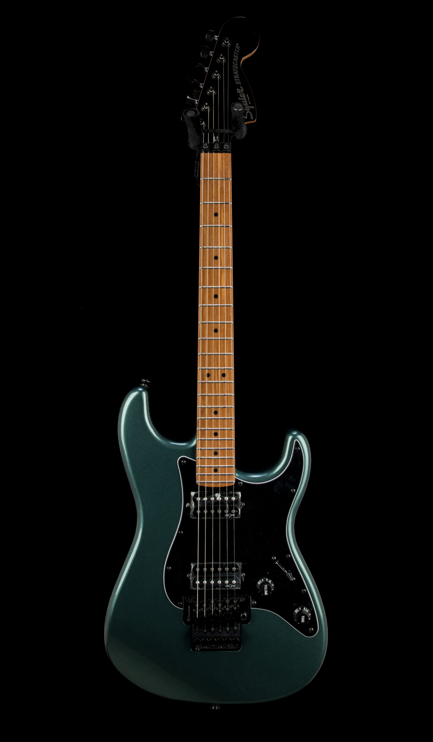 Squier Contemporary Strat #CMCL200000806 Front