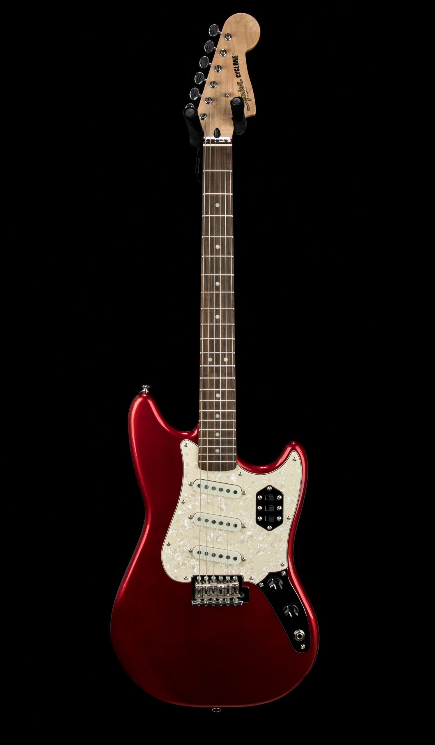 Squier Paranormal Cyclone #CYKD21007647 Front