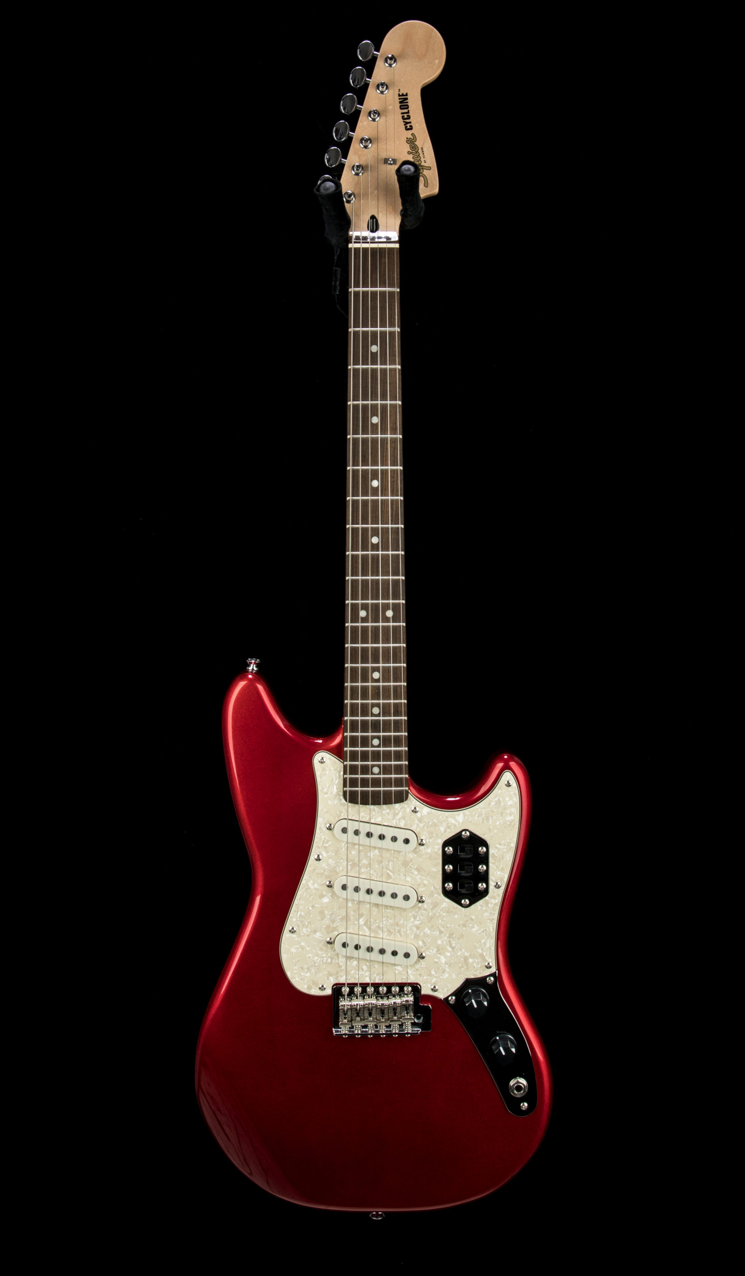 Squier Paranormal Cyclone #CYKD21007902 Front