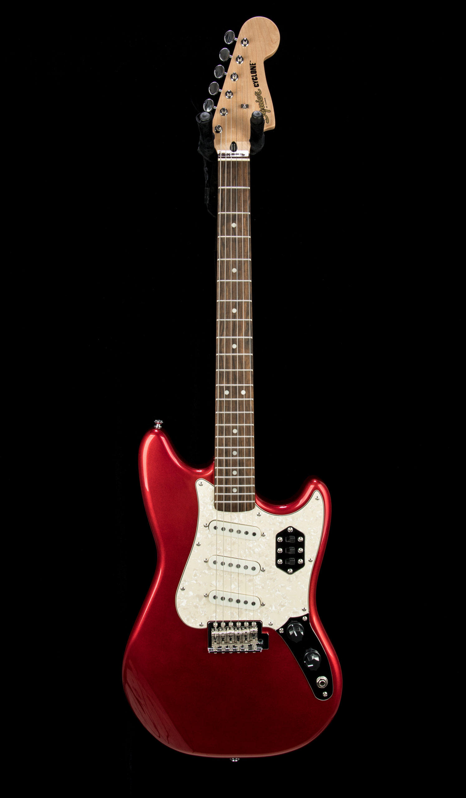 Squier Paranormal Cyclone #CYKD21008005 Front