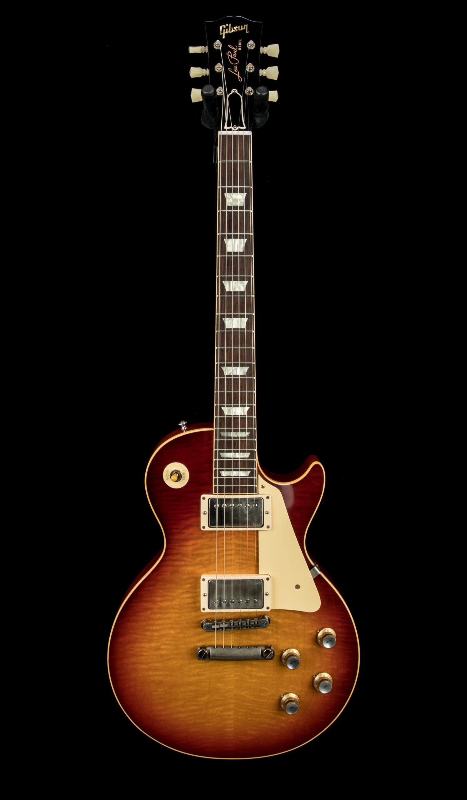 17 Used Gibson Custom 2018 Historic Les Paul #081023 Front
