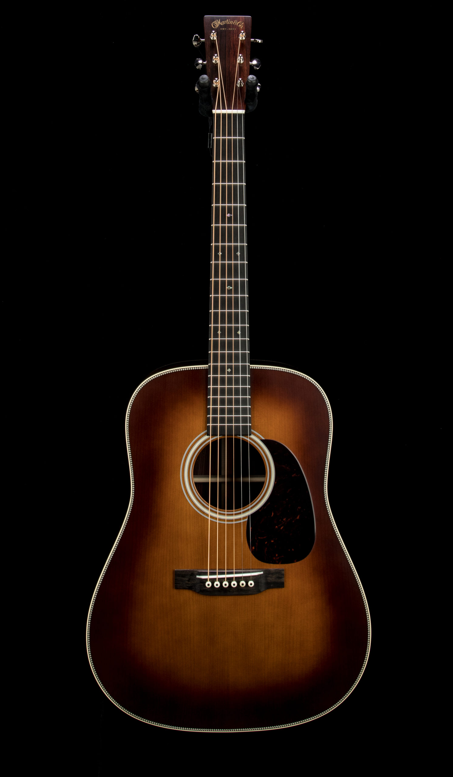 01 Martin Custom CE02 D28 Authentic Amber #2465225 Front
