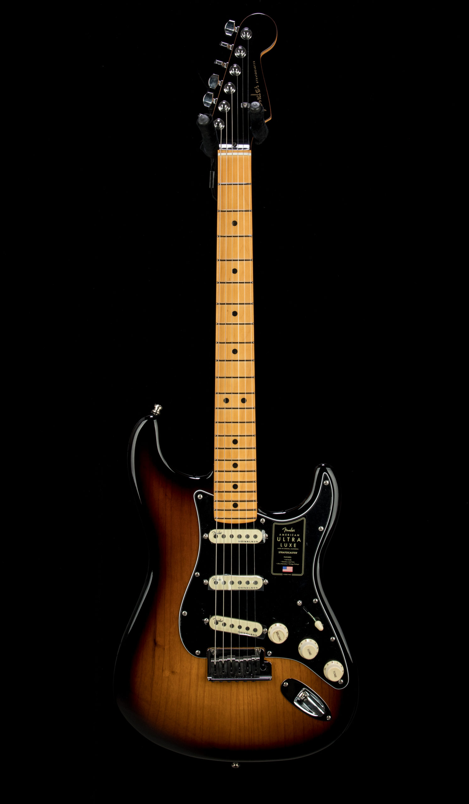02 Fender Ultra Luxe Strat #US210066540 Front