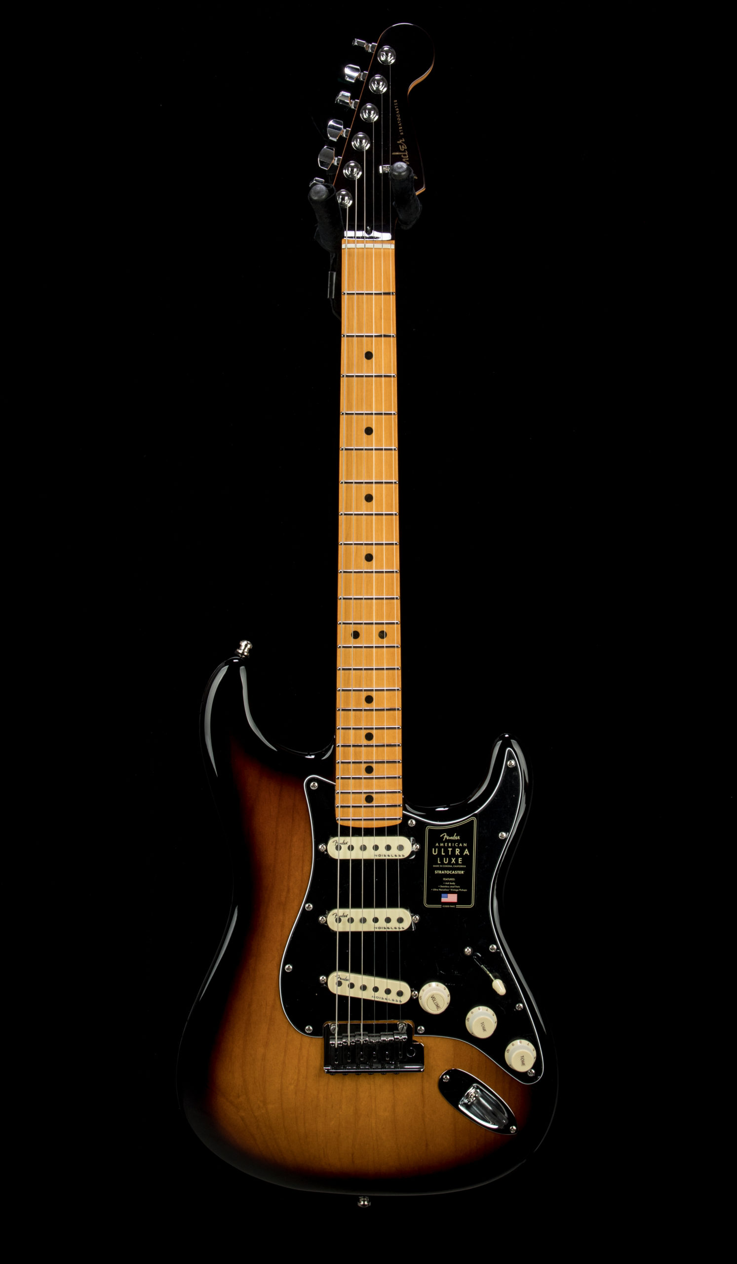 03 Fender Ultra Luxe Strat #US210070783 Front