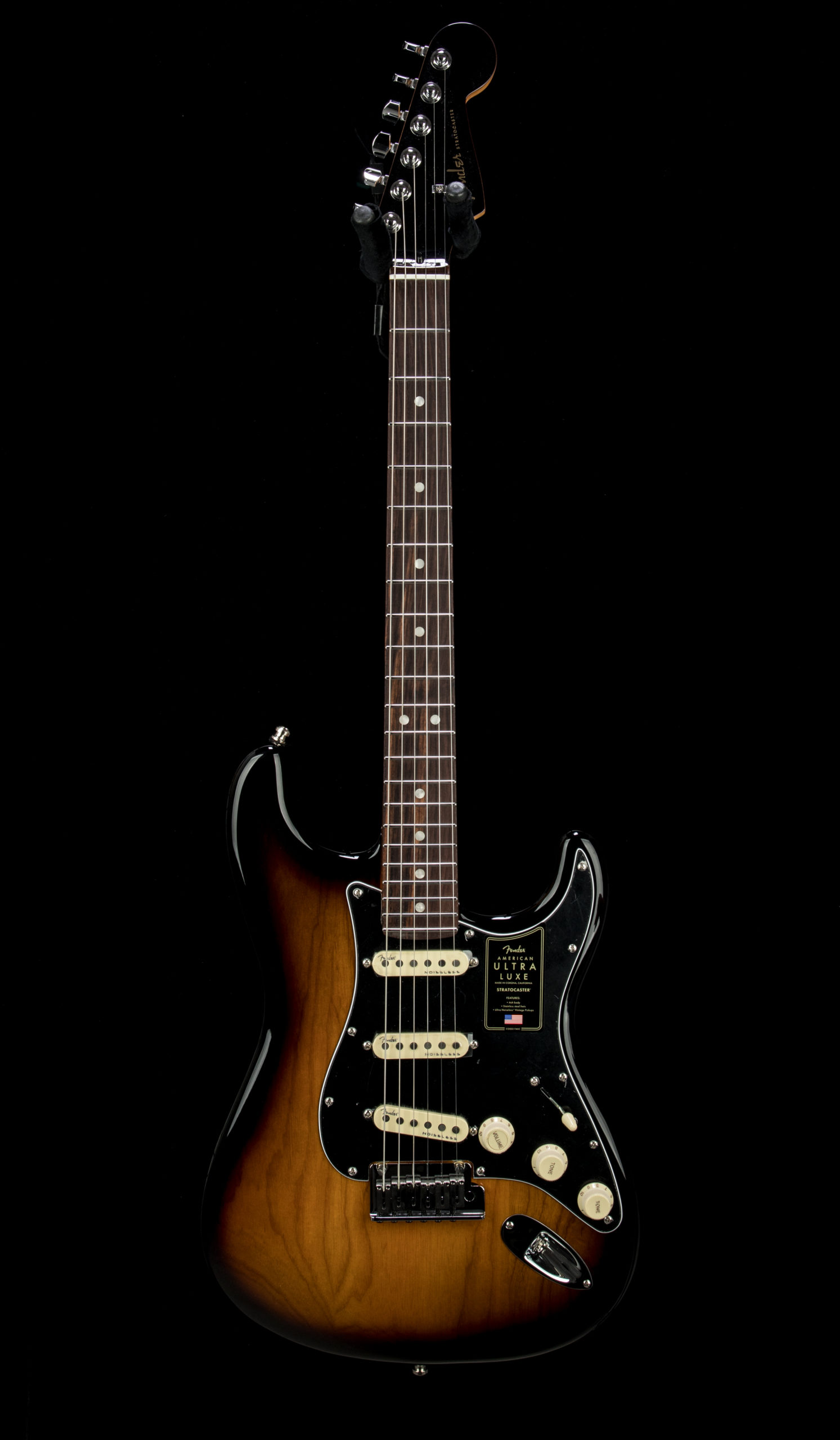 05 Fender Ultra Luxe Strat #US210067772 Front
