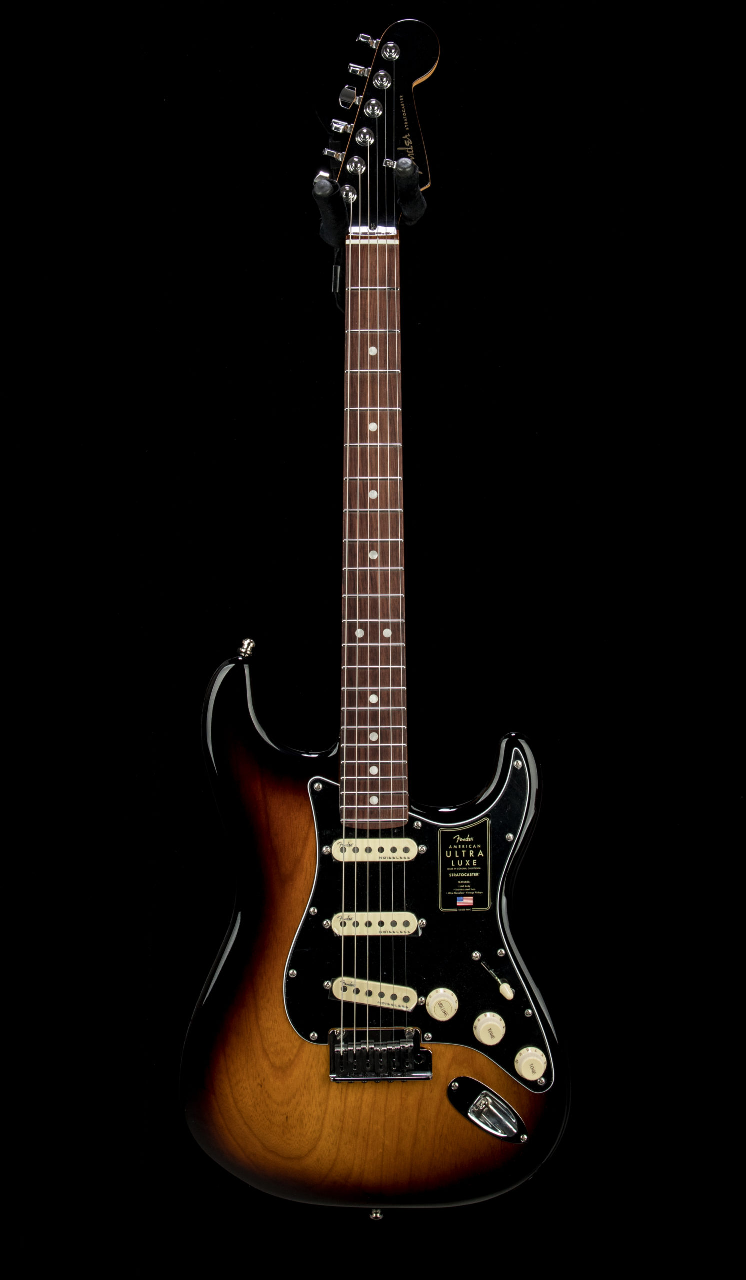 09 Fender Ultra Luxe Strat #US210056915 Front